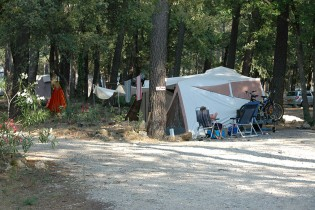 emplacements-camping-la-simioune-bollene-05